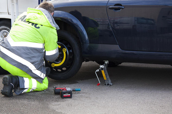 How to Survive a Flat Tire in Five Steps
