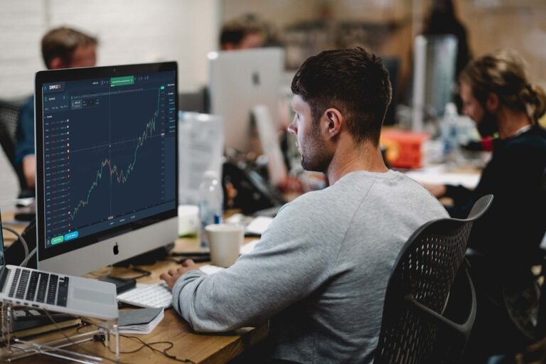 Why should you choose forex trading?