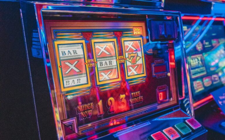 Is it Safe to Play Auto slots ?